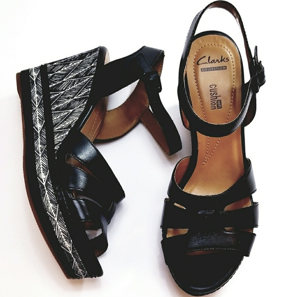 59affd5ca3c2 NIB CLARKS ZIA NOBLE BLACK STRAP WEDGE HEEL Boutique